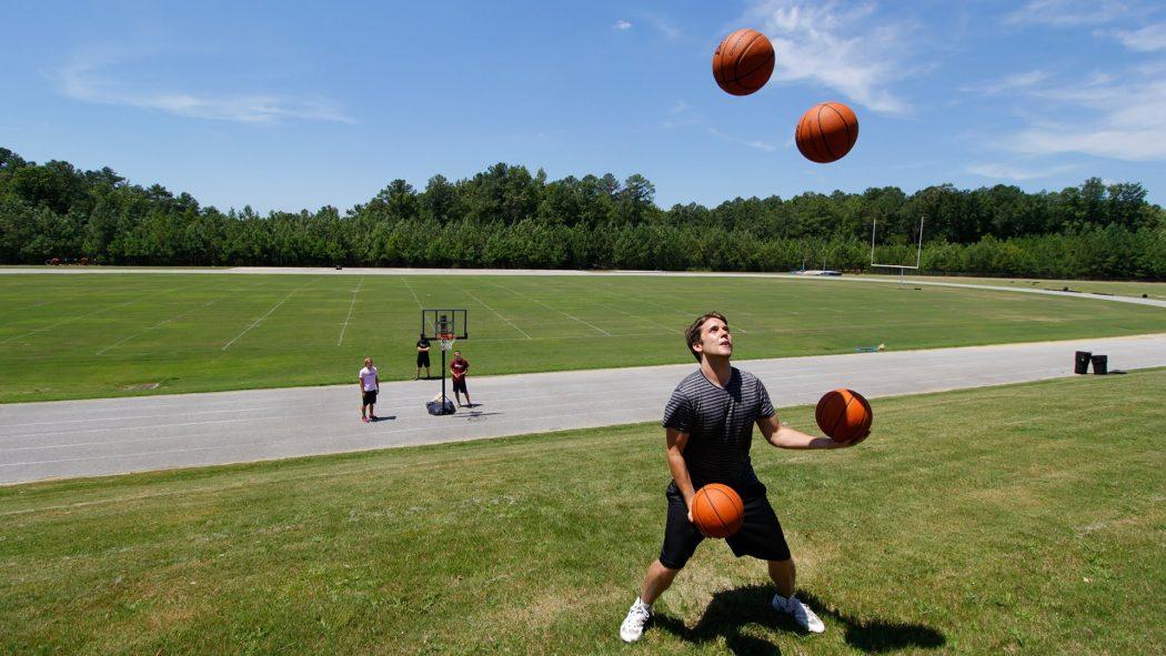 Apa Sih Yang Dimaksud Olahraga Juggling Berita Bola